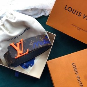 Louis Vuitton    belts